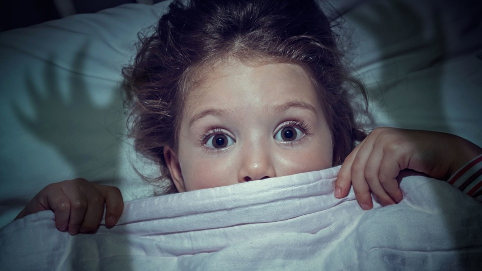 5 Minutes Help To Fight Your Child's Fear Of The Dark