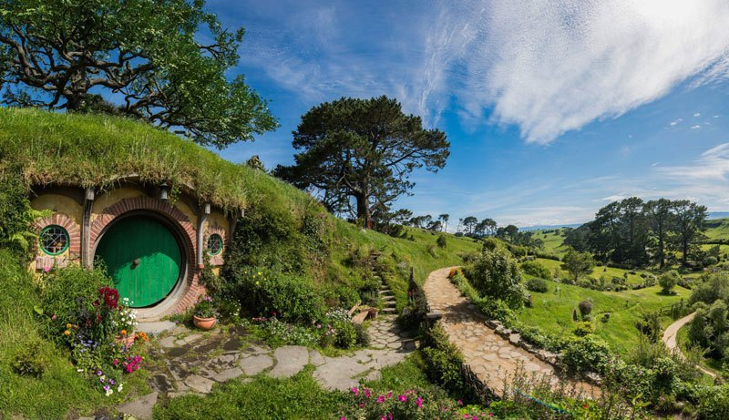 Lord Of The Rings Hobbit Holes: Matamata, New Zealand