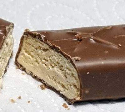 5 Healthiest Candy Bars For A Concerned Chocaholic