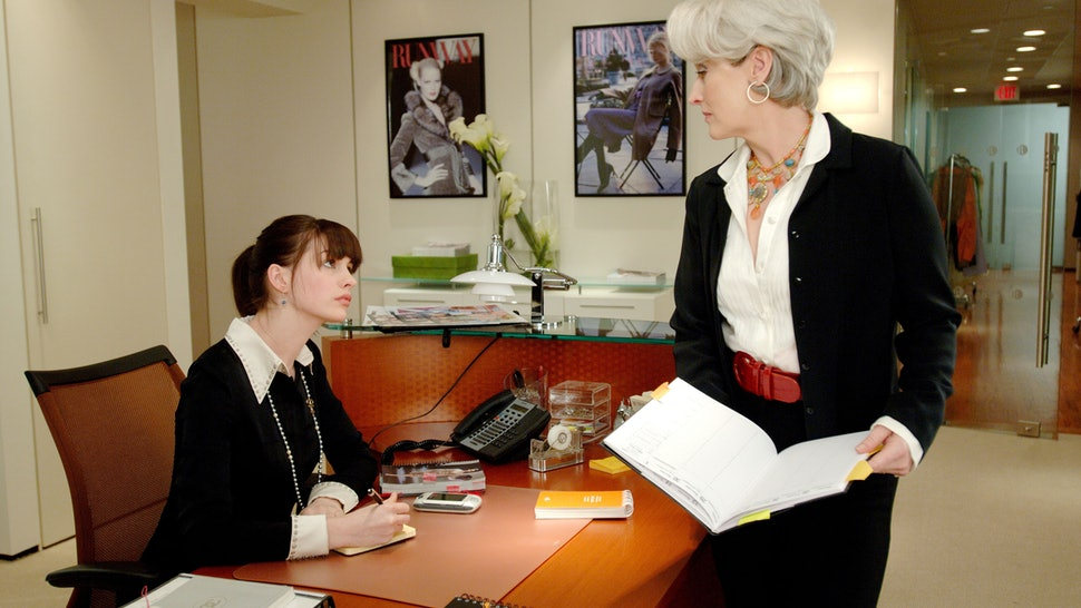 5 Sure Signs That You Need A New Job!