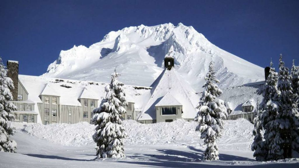 Timberline Lodge: Oregon, USA  The Shining