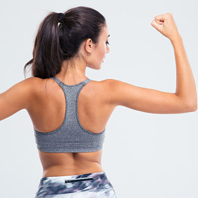 3 Easy Moves That Tone & Sculpt Your Shoulders