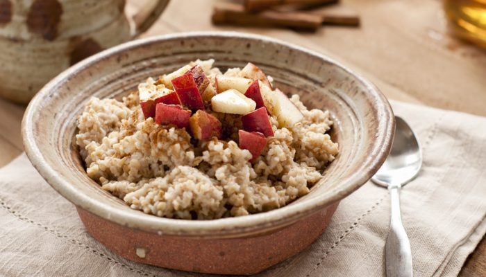 Healthy Food: 7 minute Apple Cinnamon Oatmeal Recipe