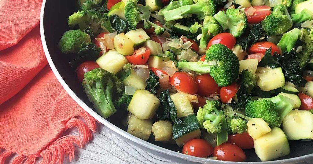 Healthy Food : Mediterranean Medley Salad Recipe